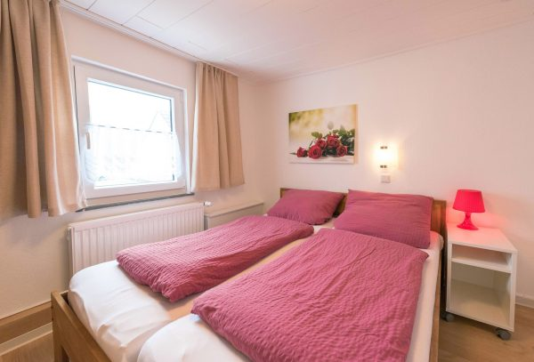 2 großzügige Ferienwohnungen im Haus Dornröschen in Strandnähe