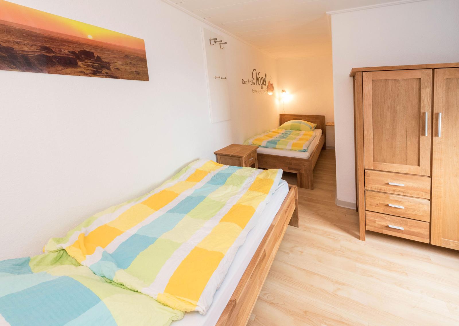 Norderney ferienwohnung 2 schlafzimmer  Ferienwohnung-Norderney-Albatros-Zwergenwohnung-Schlafzimmer-2 ...